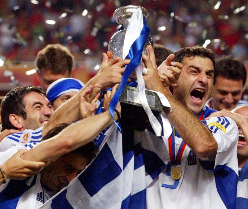 Euro 2004: Το όνειρο και τα πανηγυρικά πρωτοσέλιδα της εποχής [εικόνες]   iefimerida.gr 0