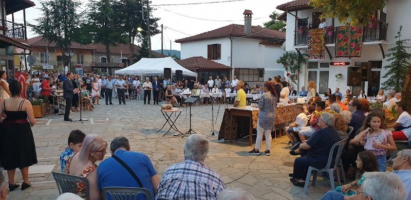 Στιγμιότυπο από τις εκδηλώσεις που πραγματοποιήθηκαν χθες με αφορμή την παρουσίαση του σχεδίου ανάδειξης της οικίας Ζορμπά