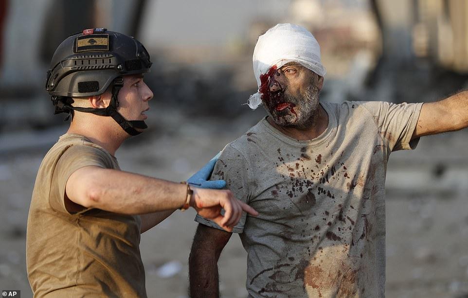 Τουλάχιστον 4.000 άνθρωποι τραυματίστηκαν από τη φονική έκρηξη στη Βηρυτό