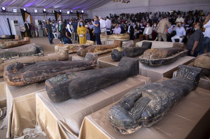Οι σαρκοφάγοι, ηλικίας περίπου 2.600 ετών, είναι πολύ καλά διατηρημένες