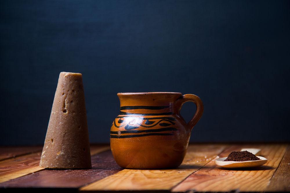 Καφέ ντε όλα ή αλλιώς μεξικάνικος καφές, είναι ένα παραδοσιακό ρόφημα της χώρας που σερβίρεται εδώ και δεκαετίες στην χώρα της κεντρικής Αμερικής